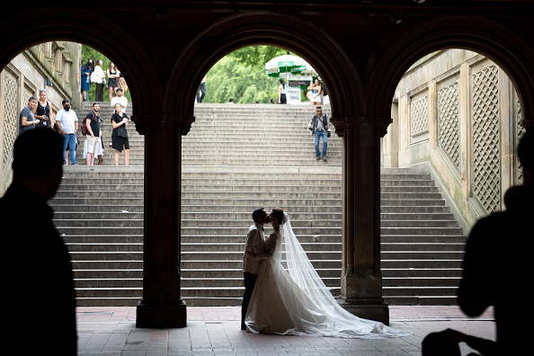 Bride Planning Funeral Instead of Wedding After Unvaccinated Groom Dies From COVID
